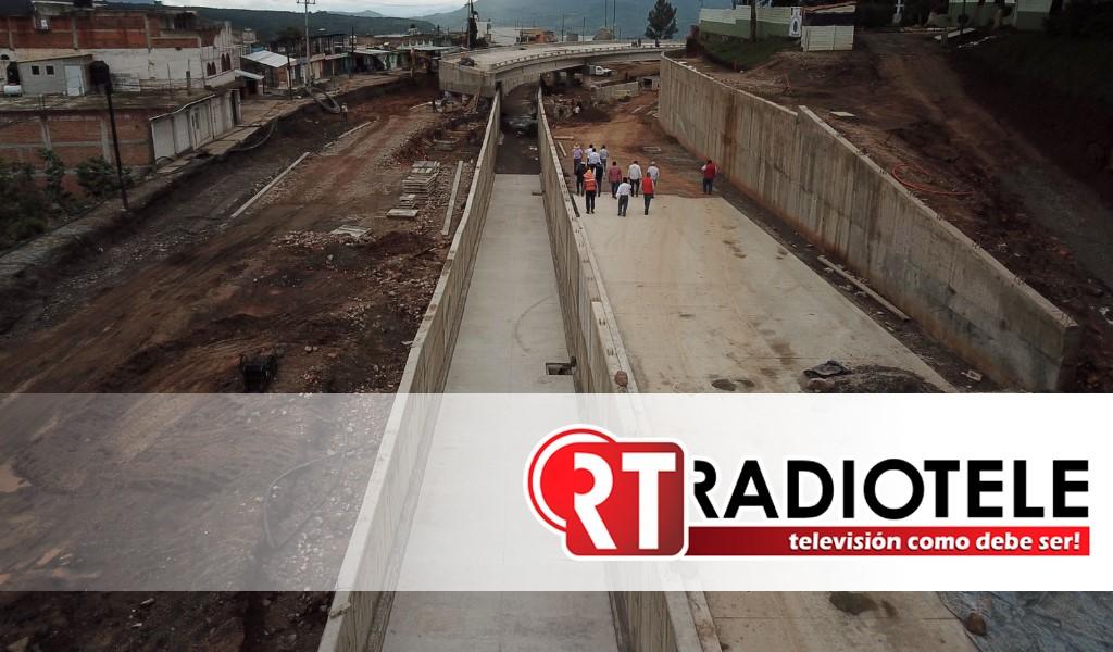 Presenta 84% de avance, modernización de avenida Revolución en Zitácuaro