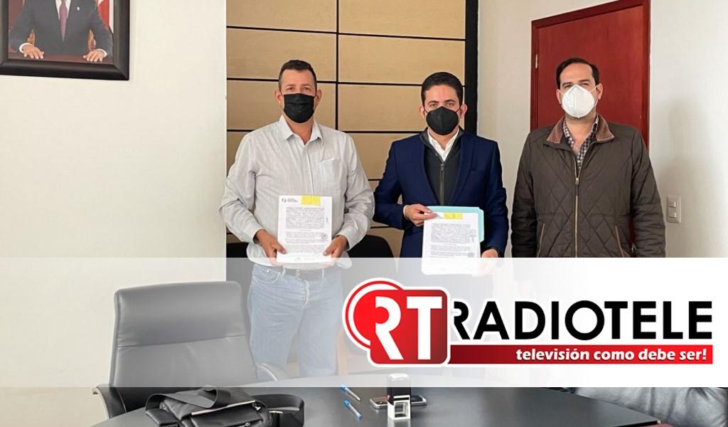 Ratifica Sedesoh entrega de máquina vibrobloquera al ayuntamiento de Madero