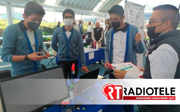 Zamoranos ganan premio de ciencia con pocos recursos