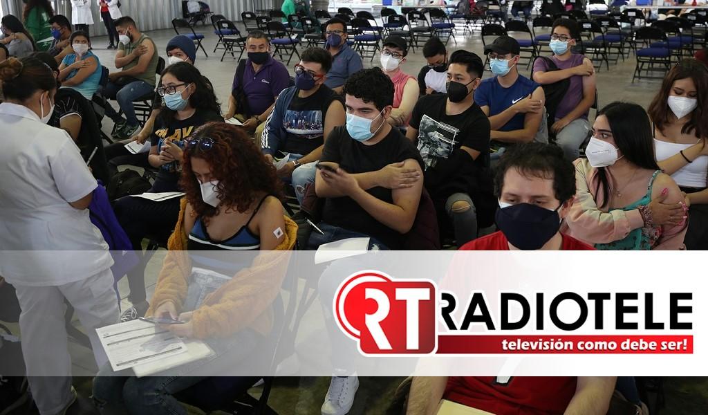 Jóvenes de entre 18-29 años en Michoacan están recibiendo vacunas